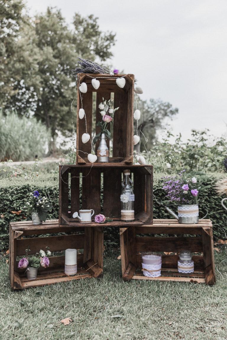 Décoration avec de vieilles caisse en bois